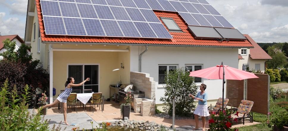 sunnavoltaik gmbh photovoltaik stromspeicher. Black Bedroom Furniture Sets. Home Design Ideas